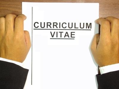 write-curriculum-vitae-800X800
